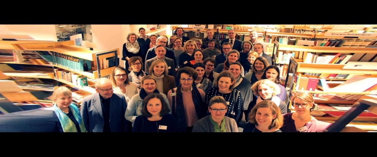 Das Team der Ehrenamtlichen in der Bibliothek