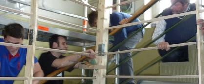 Förderverein - mit einander etwas möglich machen (hier beim Bau der Rekord-Murmelbahn 2011)